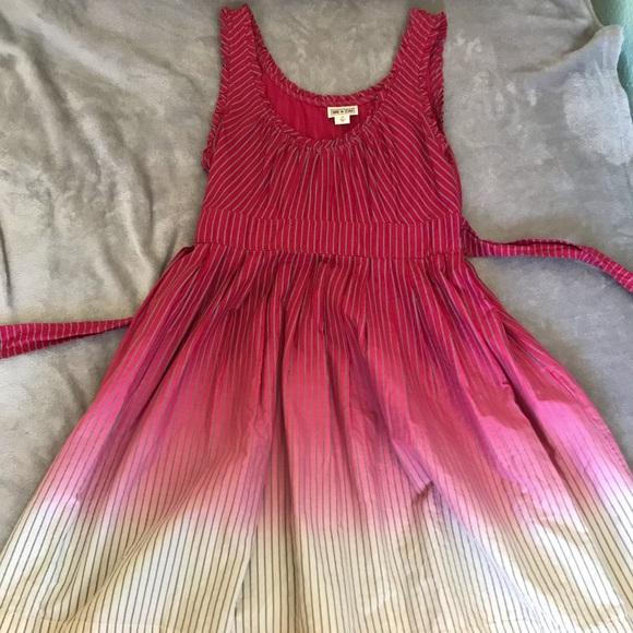 Converse Dresses & Skirts - Ombré knee length dress